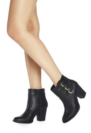Chaussures Ritah en Nude - Livraison gratuite sur JustFab