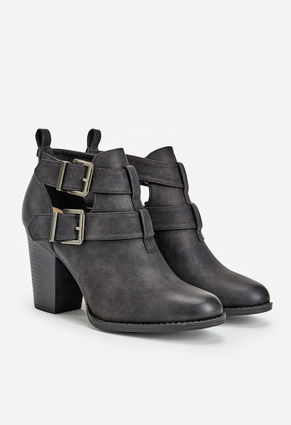 c005084e8a2 Julina Shoes in Black - Get great deals at JustFab
