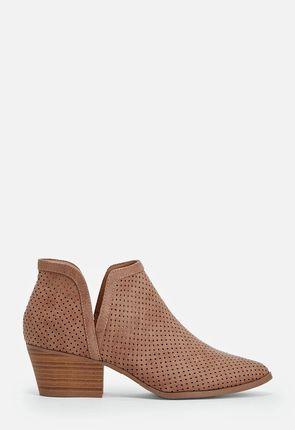 2db93341aac5 Køb støvler billigt online   -75% VIP-rabat    JustFab Shop
