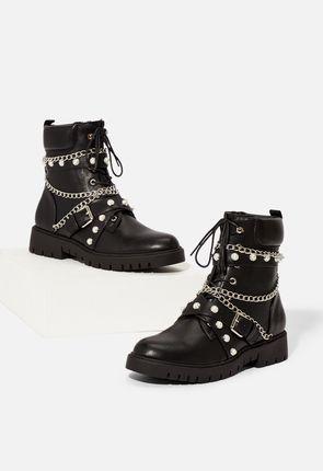 Zapatos Botas Planas Con Cordones Hartley En Negro Envio Gratuito En Justfab