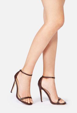 Chaussures Siscia en Nude - Livraison gratuite sur JustFab