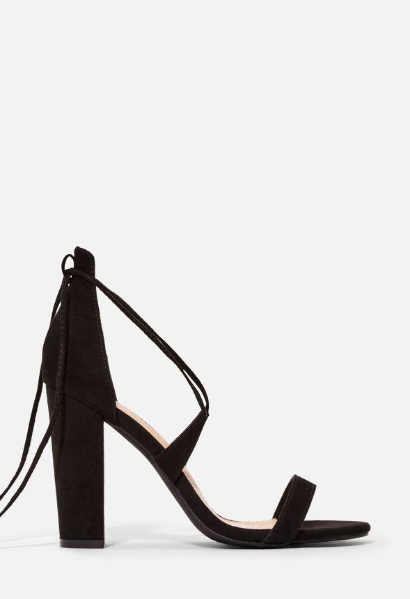 Skor Ava Sandaler med klack i Svart Fantastiska