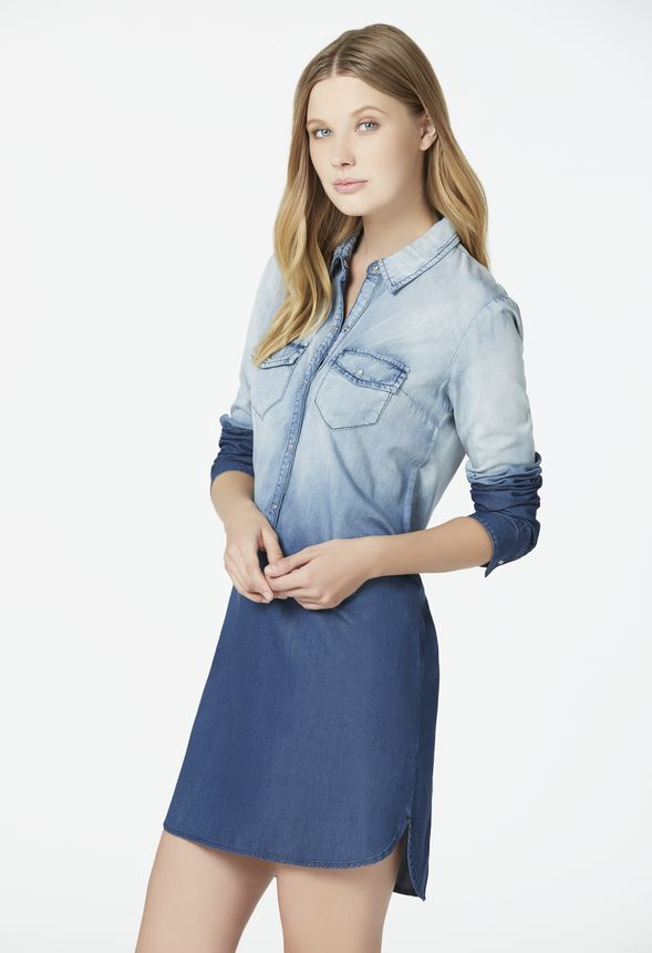 v tements chambray shirt dress en d grad bleu livraison gratuite sur justfab. Black Bedroom Furniture Sets. Home Design Ideas