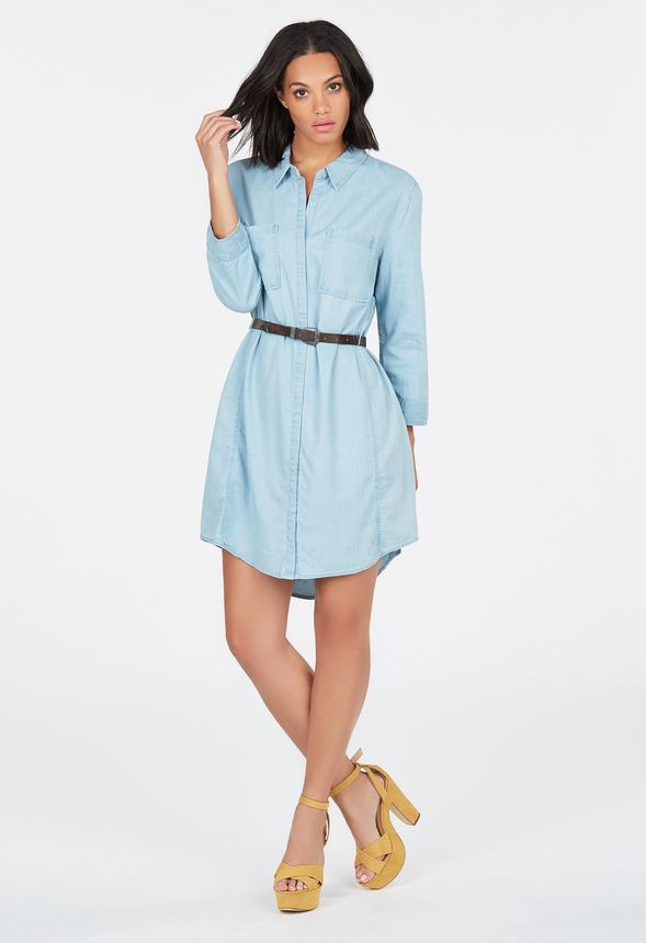 v tements chambray belted shirt dress en blue cloud livraison gratuite sur justfab. Black Bedroom Furniture Sets. Home Design Ideas