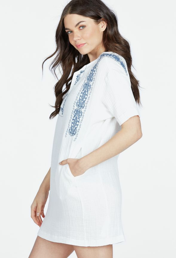 v tements embroidered tunic cover up en blanc livraison gratuite sur justfab. Black Bedroom Furniture Sets. Home Design Ideas