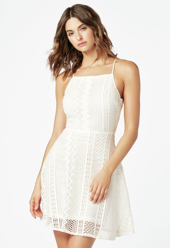 5671cef3b2c7 Kläder Summer Lace Fit And Flare Dress i Benvit - Fantastiska erbjudanden  hos JustFab