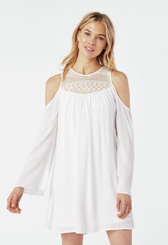2dffe022587e Kläder Cold-shoulder Virkad klänning i Benvit - Fantastiska erbjudanden hos  JustFab
