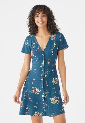 93347e8cb13 V-Neck Button Dress ...