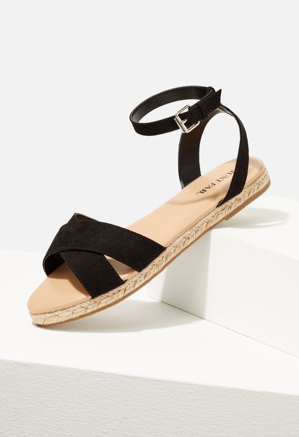 cici sandalen mit flachem absatz schuhe in schwarz. Black Bedroom Furniture Sets. Home Design Ideas