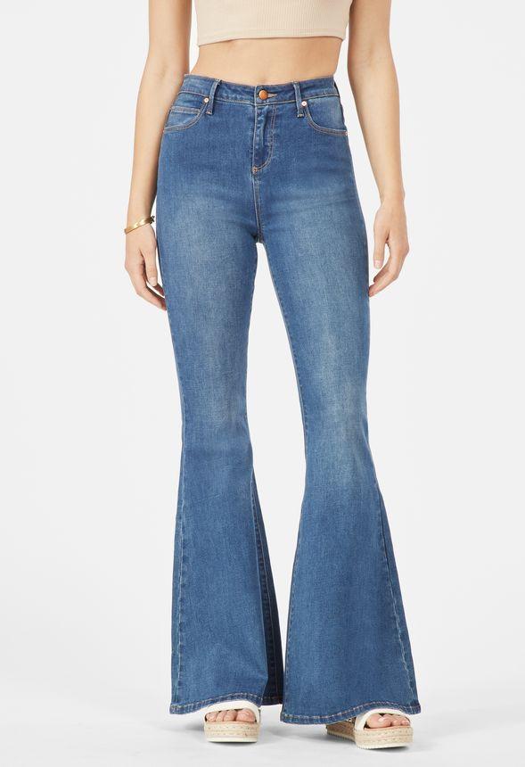 33a55d7bec7 Ropa Jeans de campana de cintura alta en LAUREL CANYON - Envío gratuito en  JustFab