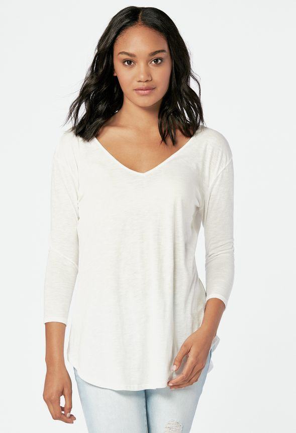 a4868c48383 3 4 Sleeve V-Front Tee Clothing in Off White - Get great deals at JustFab