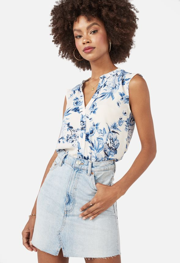 27e96c31f880c1 Henley Short Sleeve Blouse Clothing in White Multi - Get great deals at  JustFab
